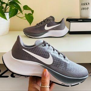 New Nike Air Zoom Pegasus 37 grey